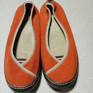 3ca7e0b89794c Terrasole Shoes on Poshmark